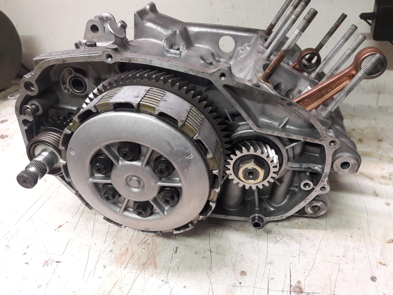 Yamaha RD250 neue Kupplung montiert